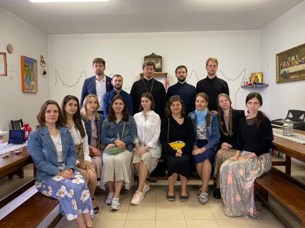 В нашем храме состоялась первая встреча Добровольцев, а также участников Молодежного хора!