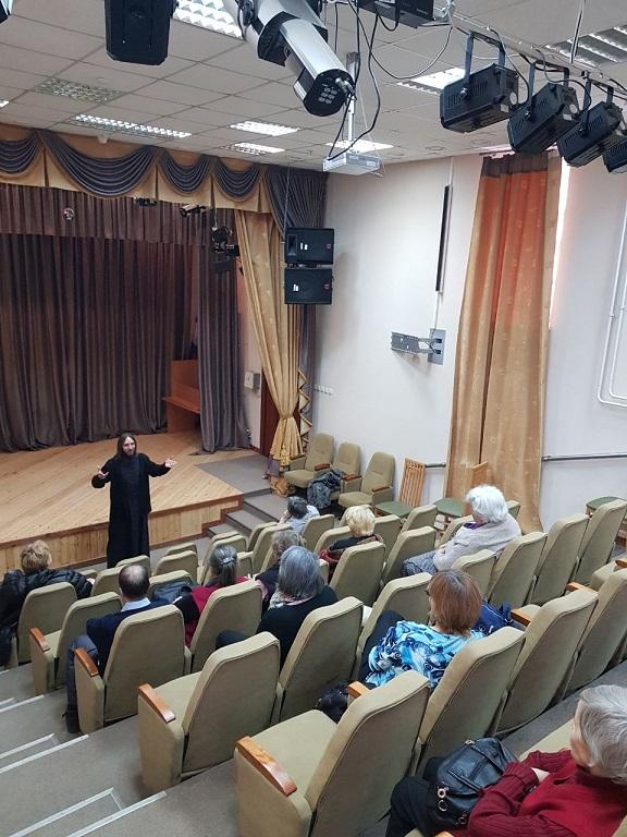 Посещение территориальных социальных центров