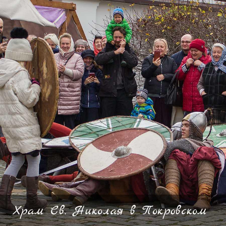 В храме святителя Николая в Покровском прошёл праздник «Колесо истории»